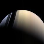 Saturne en or et bleu