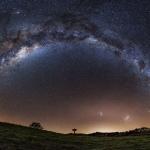 Trois galaxies sur la Nouvelle-Zélande