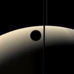 Transit de Rhéa devant Saturne