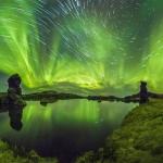 Aurores et filés d'étoiles sur l'Islande