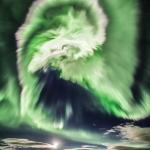 Aurore spirale sur l'Islande