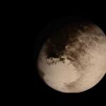 Survoler Pluton