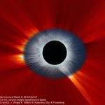 La couronne solaire vue de la Terre et de l'espace