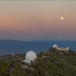 Aube de solstice et coucher de pleine lune
