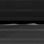 Daphnis et les anneaux de Saturne