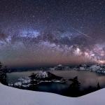 Un météore sur le lac du Cratère