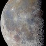 Cratères et ombres sur la ligne de terminaison de la Lune
