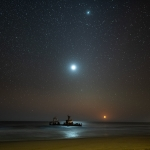 Epave au coucher de la Lune