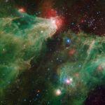 La nébuleuse de la Caverne vue dans l'infrarouge par Spitzer