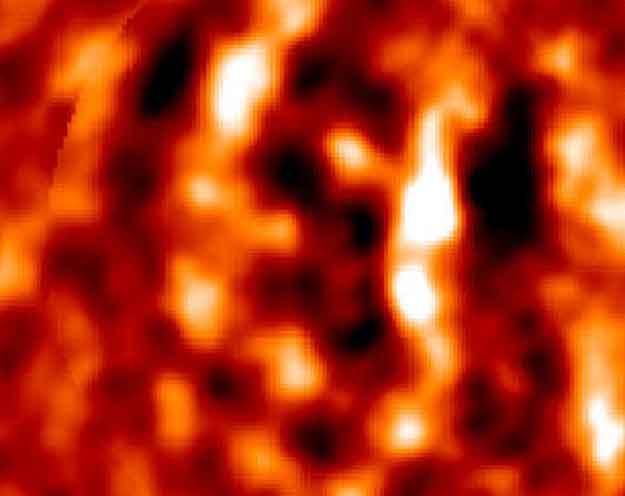 Des ondulations cosmiques impliquent un Univers sombre