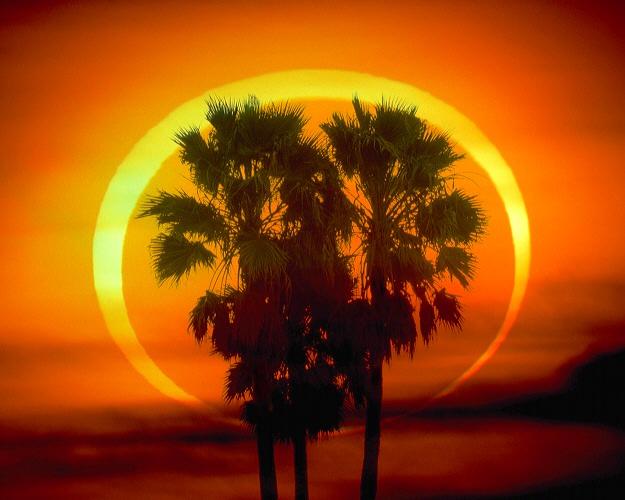 Eclipse annulaire: l\'anneau de feu