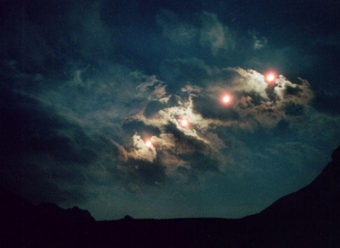 Plusieurs Lunes