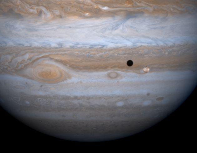 Jupiter, Io et son ombre