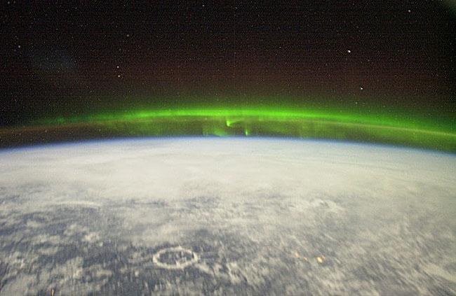 Une aurore vue de l\'espace