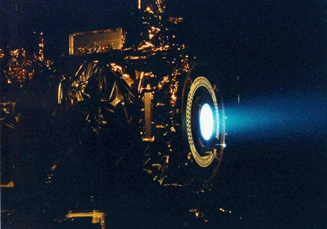 Une propulsion ionique pour DeepSpace1