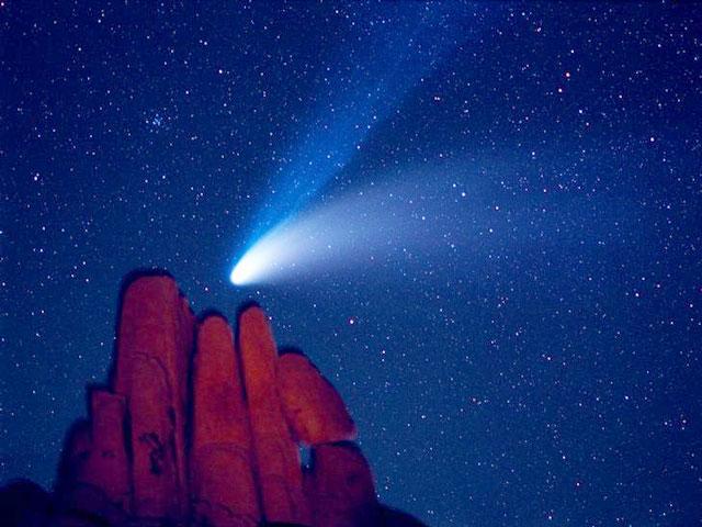 La Comète Hale-Bopp au-dessus d\'Indian Cover