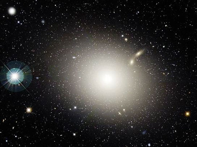 La galaxie elliptique M 87