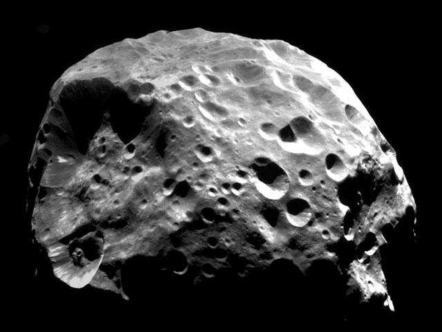 Phoebe: la lune comète de Saturne