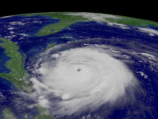 Le cyclone Frances approche de la Floride