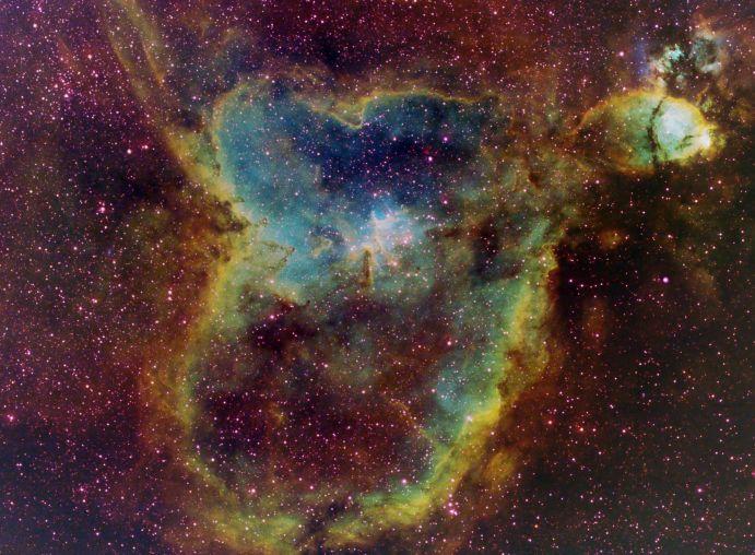 IC1805: La lumière qui vient du Coeur