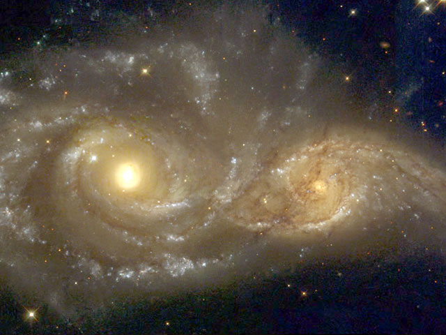 Galaxies spirales en collision