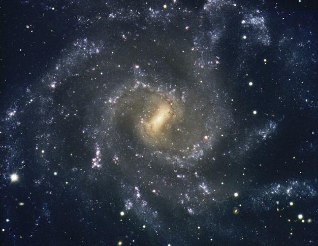 Les bras de NGC7424