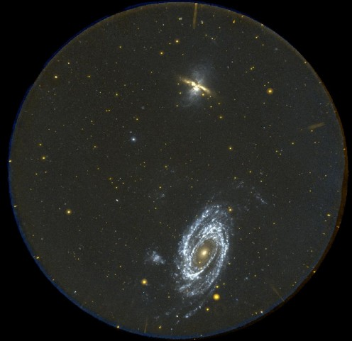 M 81 et M 82 : le grand champ de GALEX