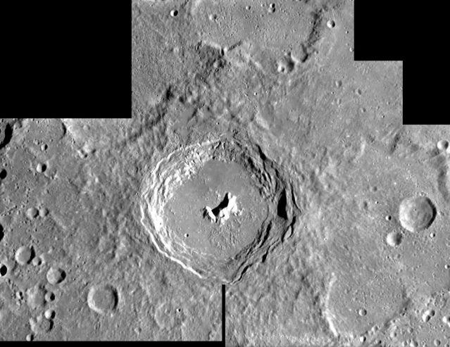 SMART-1: le cratère Pythagore