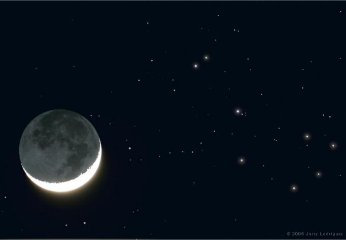La Lune d\'avril et les Pléiades