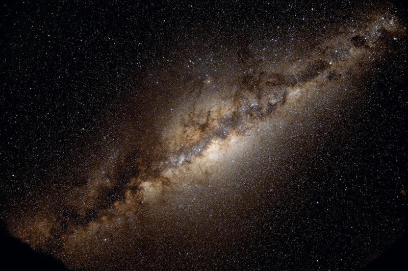 La Voie Lactée résolue en étoiles et poussières
