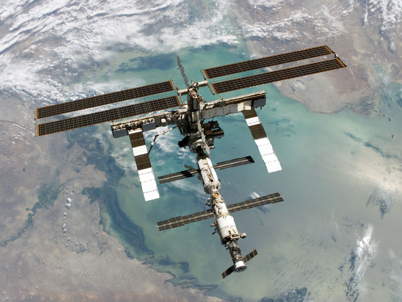 La Station Spatiale Internationale au dessus de la Mer Caspienne