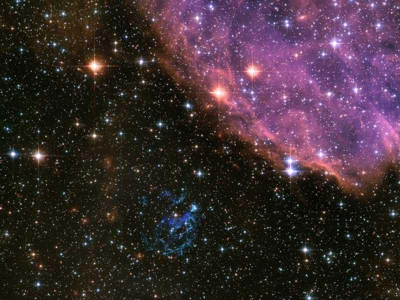 Le Rémanent de Supernova E0102