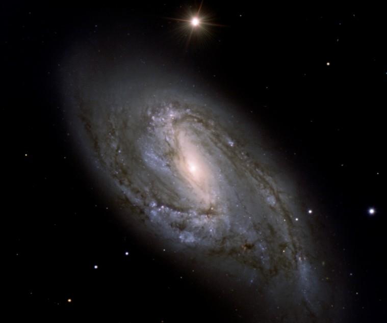 La Galaxie Spirale M66