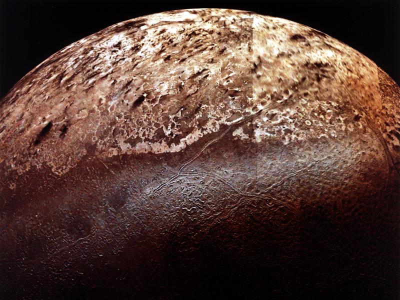 Triton, la plus grande lune de Neptune