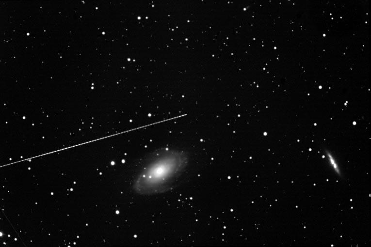 L'Astéroïde et la Galaxie