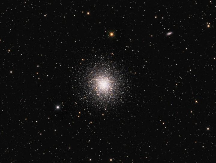 M13, le grand amas globulaire d'Hercule