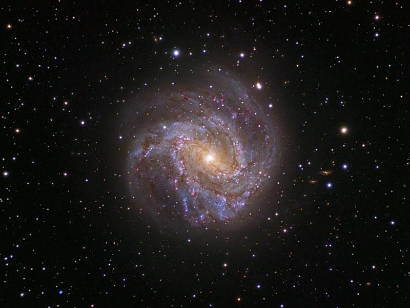 La galaxie spirale M83,  roue de feu australe