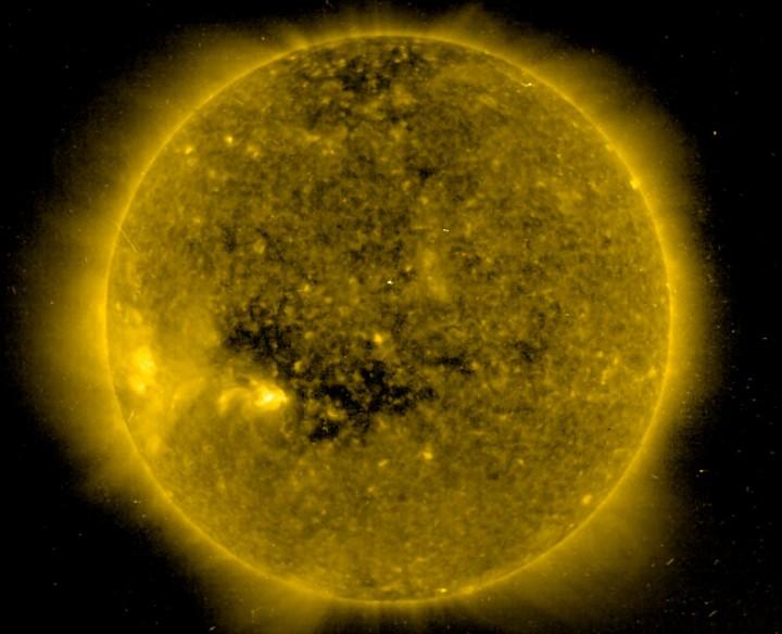 Un trou dans le Soleil