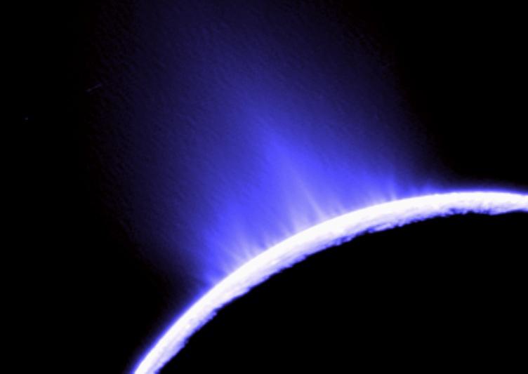Les geysers de glace d\'Encelade