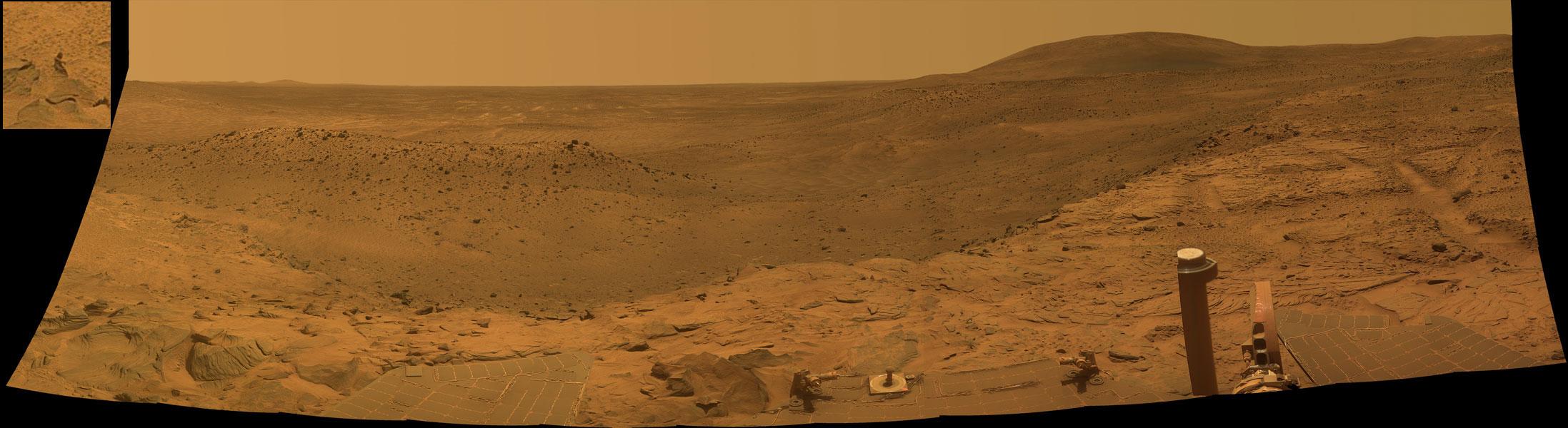 Panorama de la Vallée Ouest par le Rover Spirit sur Mars