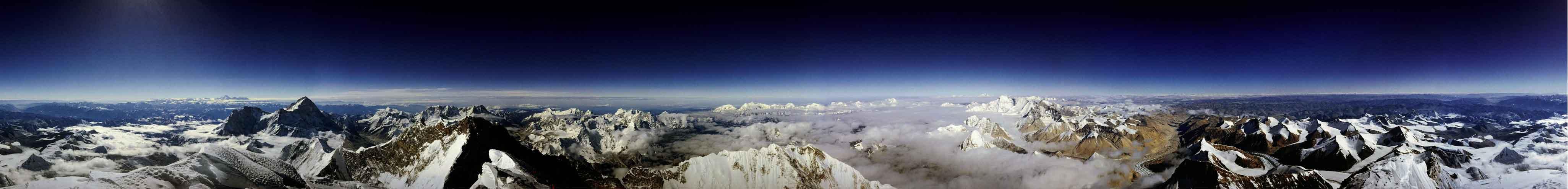 La vue depuis le sommet de l\'Everest