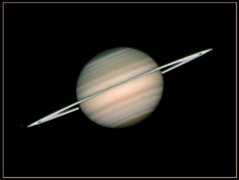 Saturne en vue