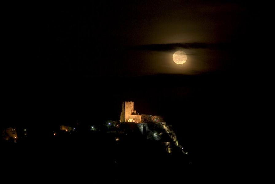 Le château de la pleine Lune