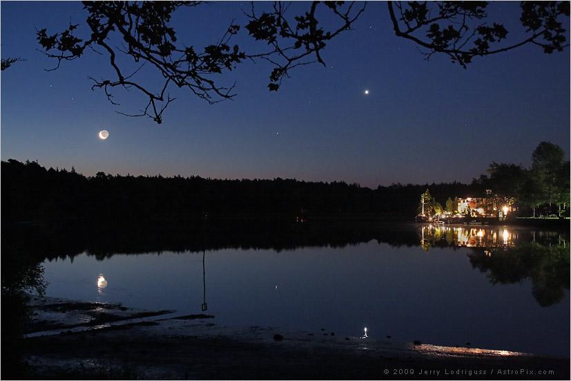 Lune dans la Mullica