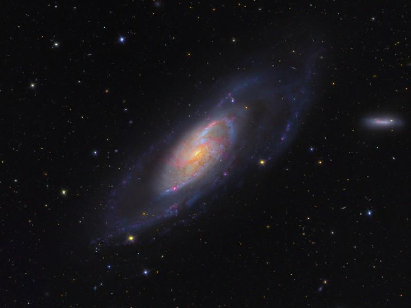Messier 106, galaxie rayonnante