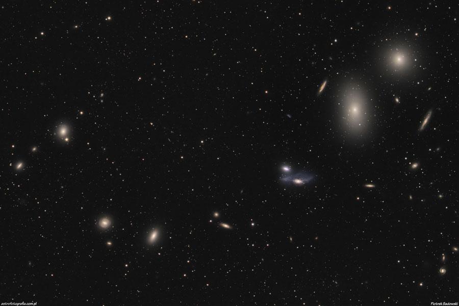 La chaîne galactique de Markarian