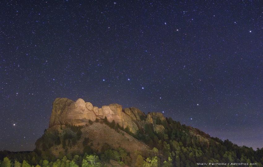 Grande Ourse sur le Mont Rushmore
