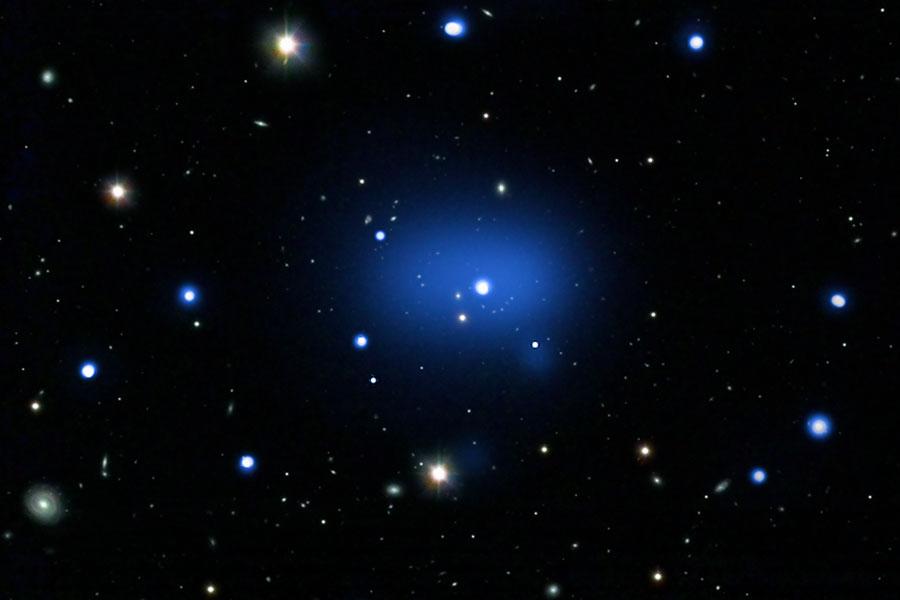 Le plus lointain amas galactique jamais observé