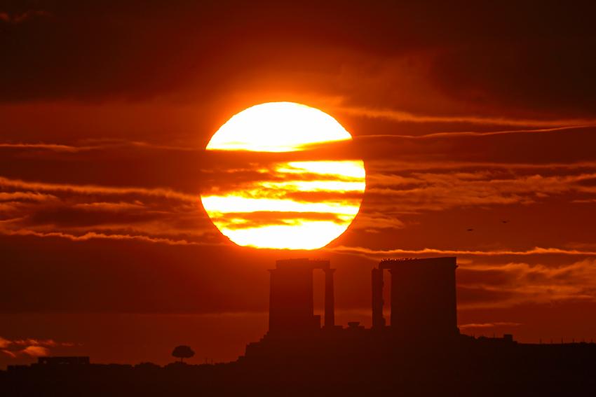 Lever de Soleil de Décembre au Cap Sounion