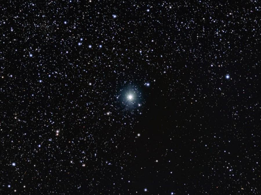 Epsilon Aurigae, l\'étoile mystérieuse